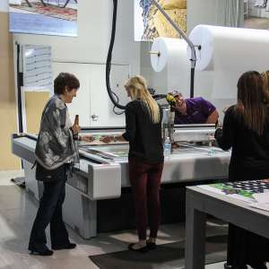 print shop tours at Artisan Colour